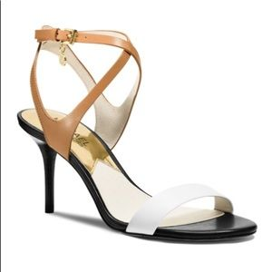 Michael Kors sandal. Tan white and black